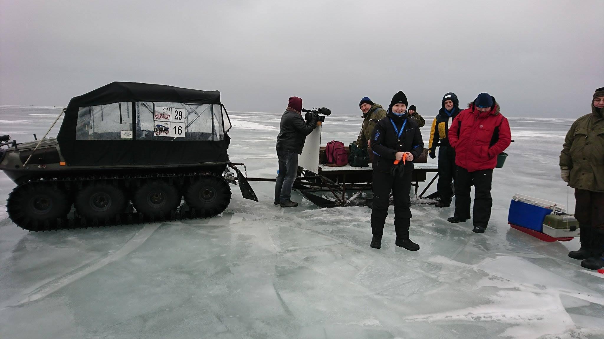 Peipsi järv meelitab hollandlasi talvise kalapüügiga